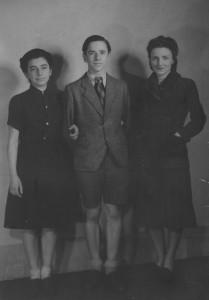 1942 juin - Gilberte et ses enfants avant le depart pour Londres