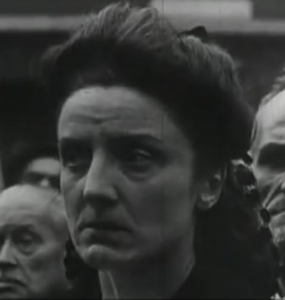 Gilberte Brossolette ceremonie de creation de la rue Pierre Brossolette en 1945